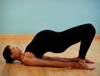 Zwangerschapsdepressie bestrijd je best met yoga