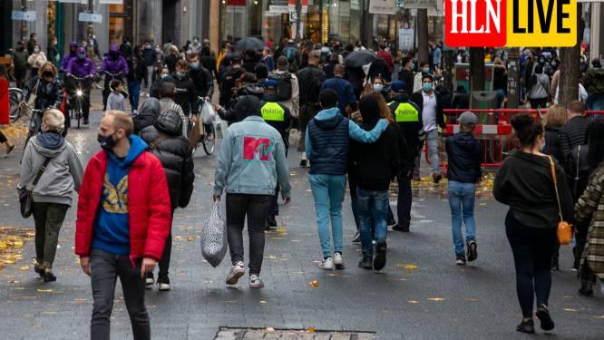 LIVE. Heel wat steden organiseren koopzondagen in december, stewards en politie moeten alles in goede banen leiden