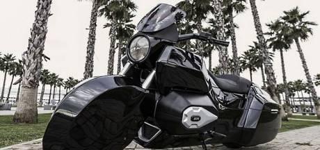 Poetin-logica: gepantserde motorfiets-escorte