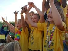 Basisschool De Baarzen wint wisselbeker Vughtse avondvierdaagse