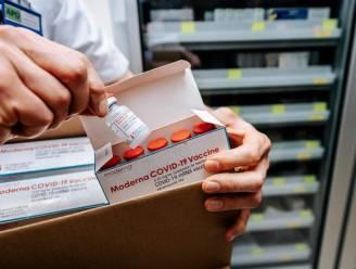 """ZOL neemt 1.000 Moderna-vaccins in ontvangst: """"Heugelijk moment voor onze medewerkers"""""""