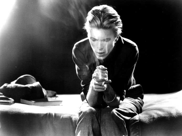 'Ik zag hem optreden toen hij in januari 1972 naar Glasgow kwam. Zijn Ziggy Stardust had een immense invloed op me.' Beeld null