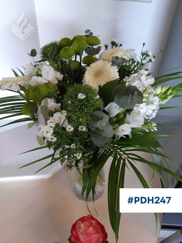 Het bloemetje dat ex-gevangene 'B' naar de politie in Den Helder stuurde.