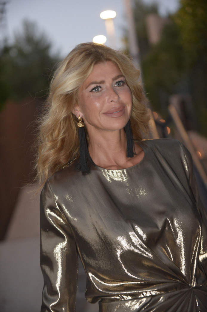 Estelle geniet van het jetsetleven in Dubai.