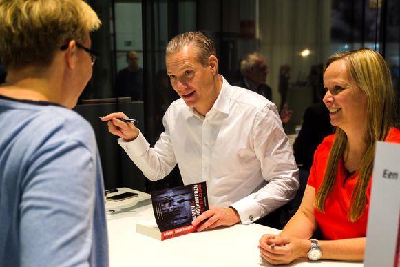 Ook advocaat Walter Damen en co-auteur Hilde Vandermeren tekenden present.
