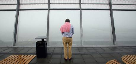 Plaatselijk zeer dichte mist in Zuidoost-Brabant zorgde voor vertragingen op Eindhoven Airport