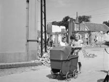 Wie zijn de drie meisjes uit Rhenen op deze indrukwekkende oorlogsfoto?