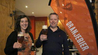 Diest viert feest met Oranjebier