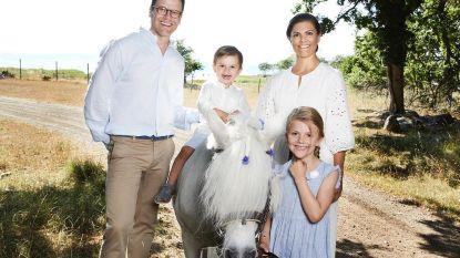 IN BEELD. Zweedse royals genieten van zomervakantie