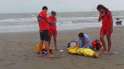 Vijf surfers uit zee gered bij reddingsoefening