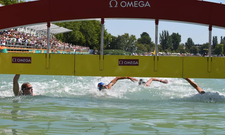 Ferry Weertman zwom als een fenomenale tacticus naar het goud   TROUW