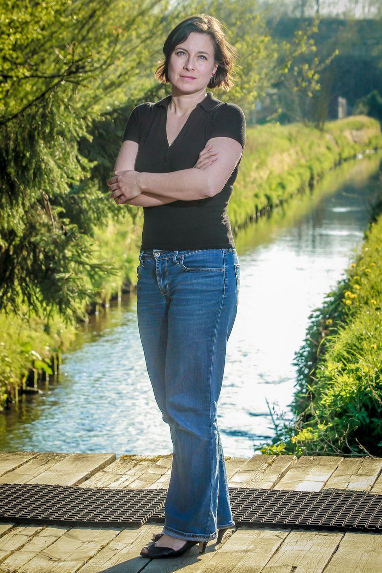 """""""De Belgische Boerenbond  vindt dat Europa zijn fruittelers in de steek laat in hun strijd voor een rendabele teelt nu en in de toekomst"""" zegt Vanessa Saenen van de Belgische Boerenbond"""