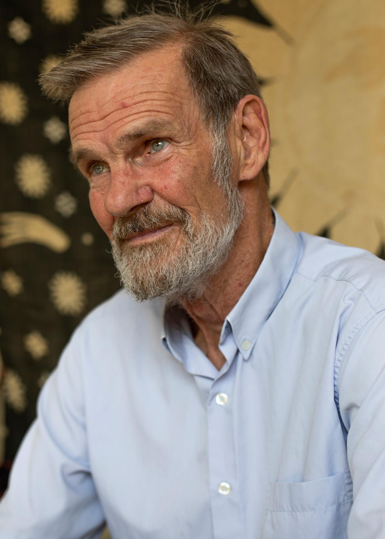 Jan Blom: 'Ik zou het beste de hele dag in een gekoelde supermarkt kunnen zitten.'   Beeld Lin Woldendorp