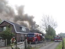 Brand in loods Overberg: veel rook, te weinig bluswater en één aanhouding
