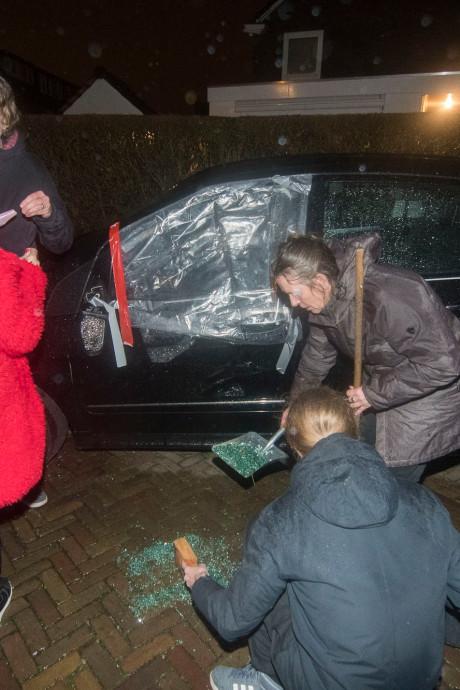 Drie aanhoudingen en spoor van vernieling na afloop van demonstratie Pegida