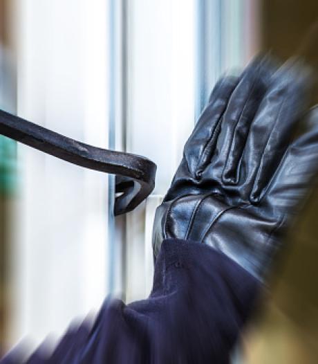 Politie zoekt inbreker (20) na kraak in Amersfoort