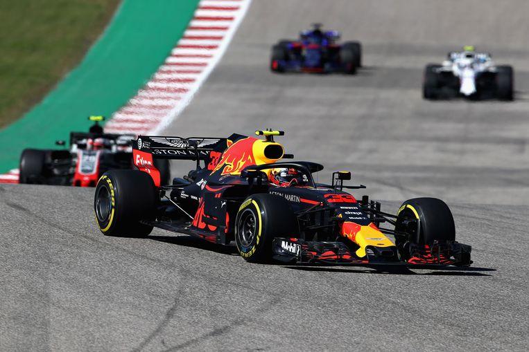 Foutloze Max Verstappen na magistrale inhaalrace tweede in GP van Amerika