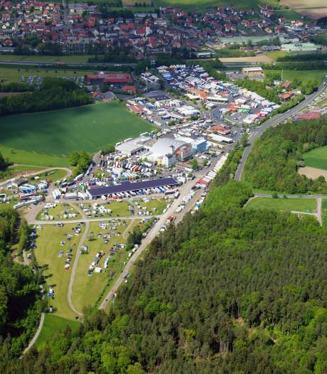 De grootste parkeerplaats van Europa: 24 uur in de truckershemel