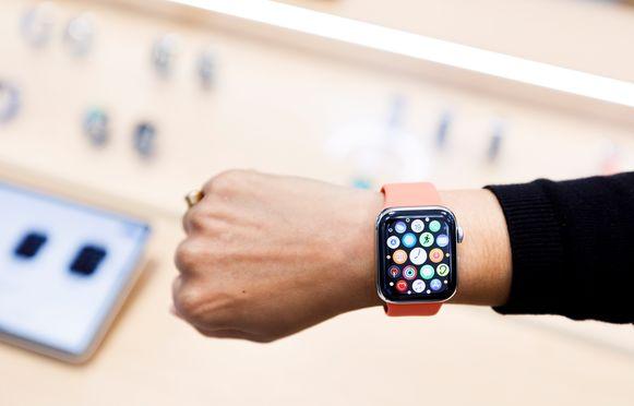 Mensen die Apple Pay gebruiken en betalen via hun Apple Watch, lopen het risico om digitaal beroofd te worden.