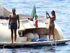 Sylvie dobbert met verloofde op luxejacht onder Italiaanse zon