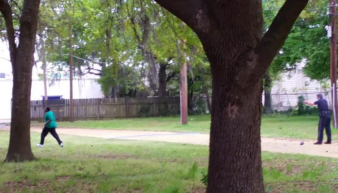 Een omstander maakte een video van de dood van Walter Scott.