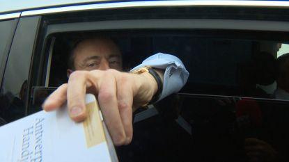 Bart De Wever verrast VTM-journalist bij aankomst aan het paleis