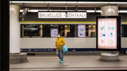 Mensen dragen massaal mondmasker op openbaar vervoer: slechts 25 PV's uitgeschreven