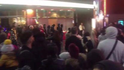 Bende met machetes bestormt bioscoop in Birmingham: vechtpartij breekt uit voor de ogen van jonge 'Frozen'-fans
