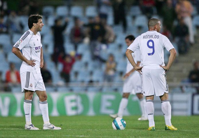Ruud van Nistelrooy en Ronaldo als spelers van Real Madrid op 14 oktober 2006 in de uitwedstrijd bij Getafe. Het duo speelde slechts een halfjaar samen bij De Koninklijke.