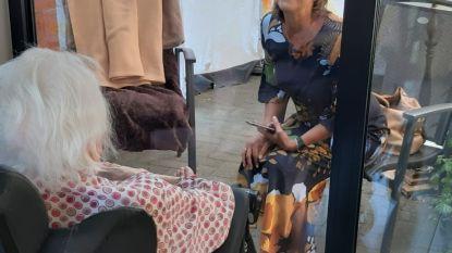 95 bewoners van woonzorgcentrum Ten Hove krijgen bezoek van familielid