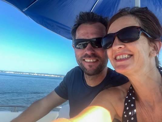 De Nederlanders Hans en Anneke Wijn genieten van hun bootvakantie in Frankrijk.