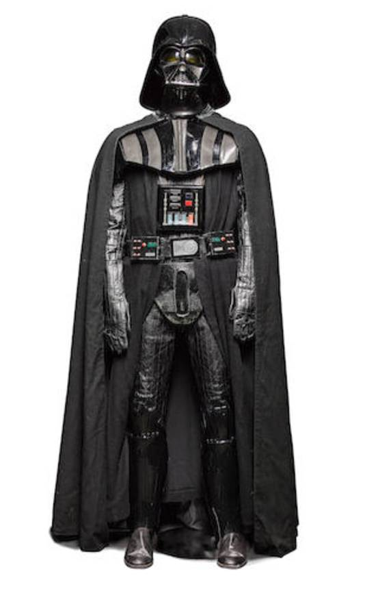 Voor een bedrag tussen de 1 en 2 miljoen dollar ben je de eigenaar van een heus Darth Vader-kostuum.
