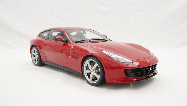 Ferrari GTC4Lusso T Beeld