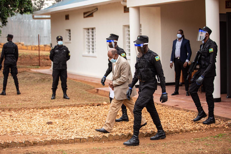 Rusesabagina kwam op 28 augustus aan in Rwanda, waar hij meteen werd gearresteerd. Beeld AFP