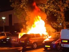 Opnieuw auto in Dordrecht verwoest door brand