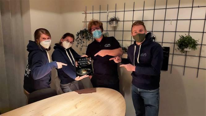Jongeren strikken vijf Kempense chefs voor kookboek met lokale producten