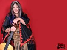 Hippielegende Melanie (71) in artiestenstal Nieuwegeinse manager Willo