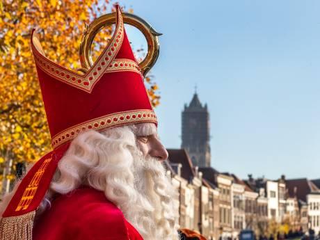 Utrecht onthaalt Sinterklaas op feestelijk 'Als u bovenop de Dom staat'