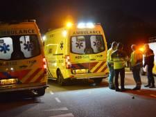 Man en kind naar ziekenhuis na ongeluk met drie auto's bij Rijsbergen