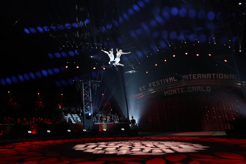 De Sky Angels op het circusfestival in Monaco. Beeld AFP