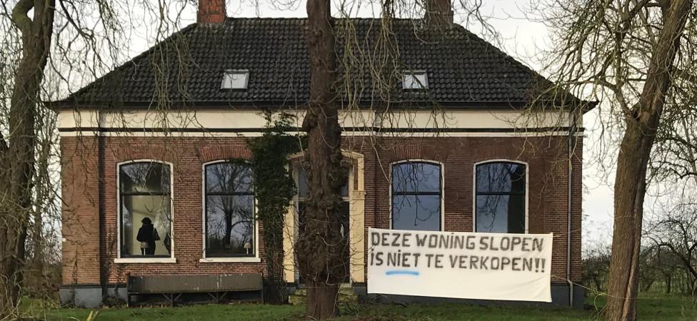 'Groningens Hoop', de gekraakte boerderij in Middelstum, is nu echt in handen van de 'krakers'
