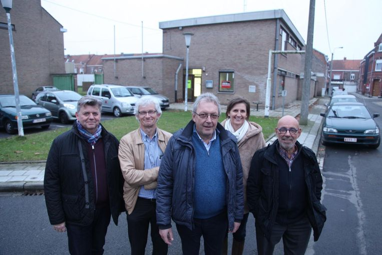 Vier huisartsen hebben samen met directeur Peter Depoot (links) eind vorig jaar vzw De Piramide opgericht.