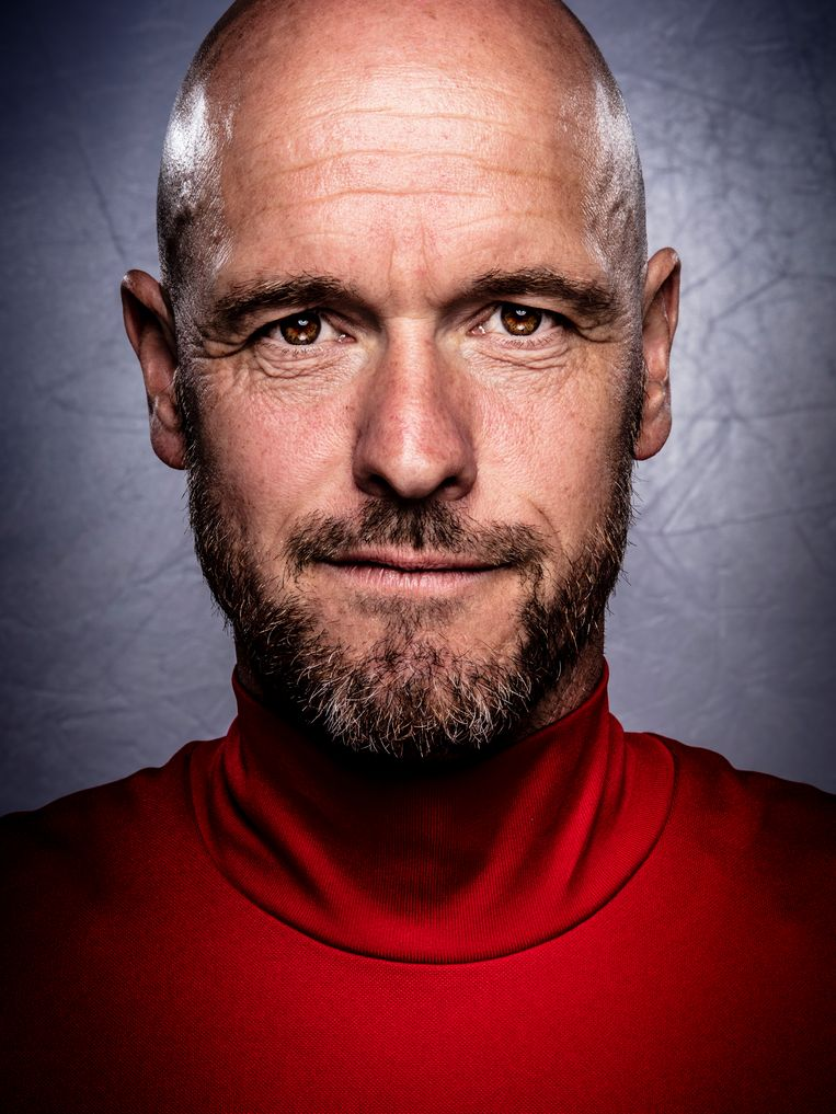 coach Erik ten Hag of Ajax during a photoshoot on 4th of May in Amsterdam, The Netherlands Beeld Hollandse Hoogte / VI Images (2)