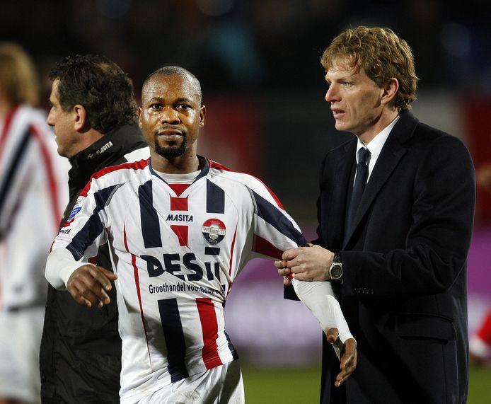 Ibrahim Kargbo met toenmalig Willem II-trainer Alfons Groenendijk in 2009.