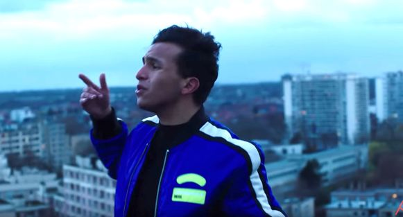 Soufiane Eddyani met zijn nummer 'Amigo'.