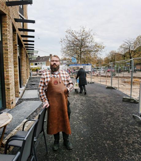 Niets blijft winkelcentrum De Gaard in Utrecht bespaard