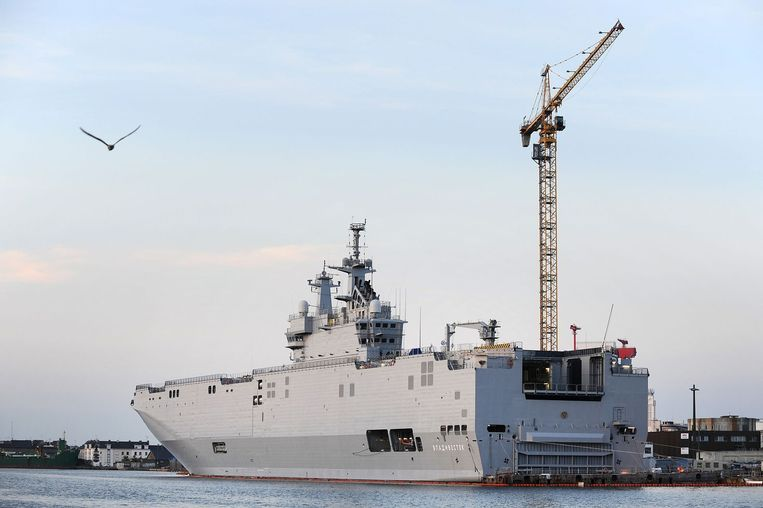 Het schip Vladivostok in de haven van Saint-Nazaire. Beeld afp