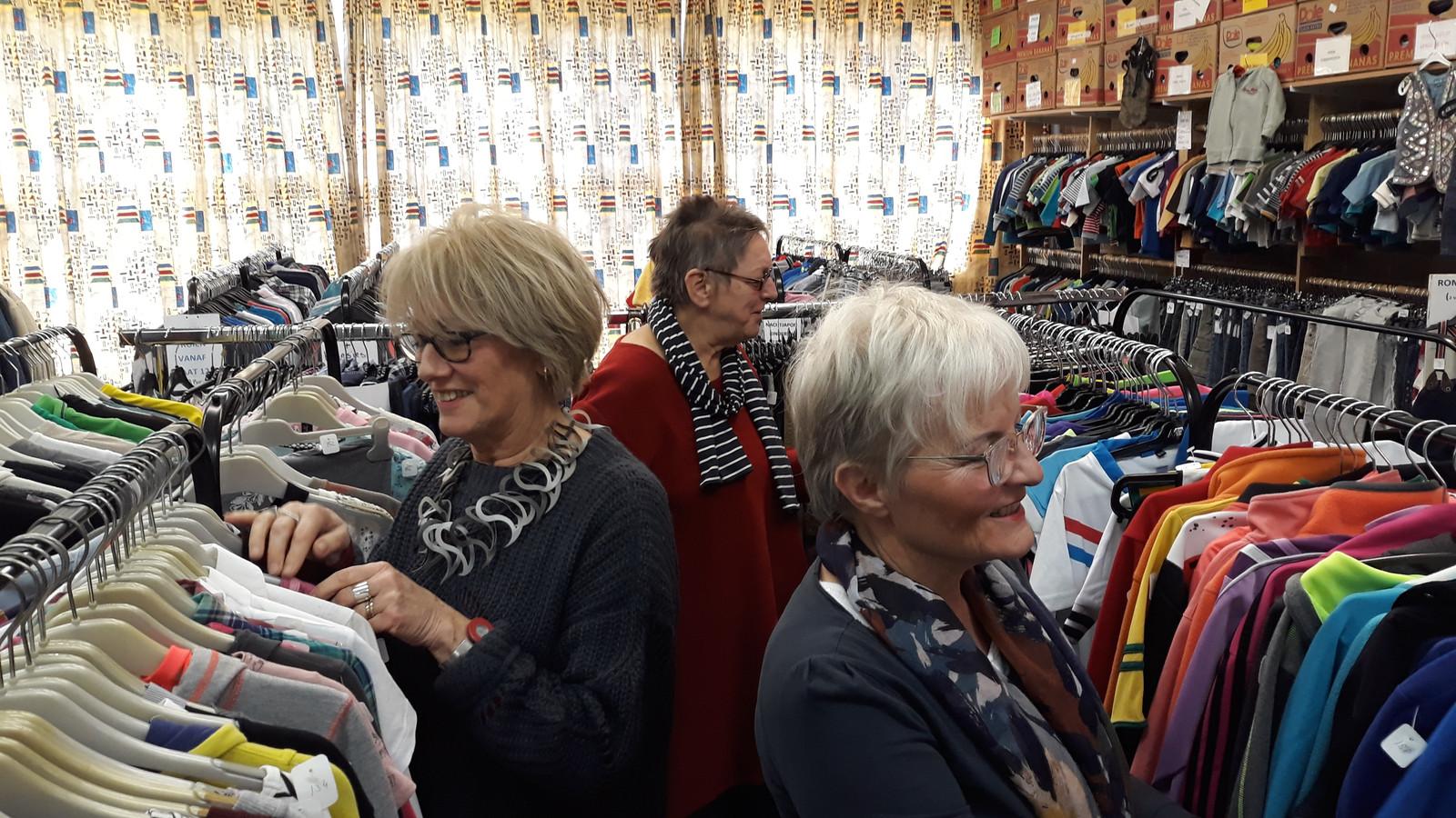 Wil je in de gemeente Rheden een kledingbank beginnen (zoals deze in Terneuzen), dan kun je misschien een startkapitaal krijgen via de site ikbuurtmee.nl.