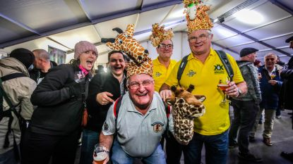 IN BEELD. Brugs Bierfestival brengt massa volk op de been: bezoekers kunnen proeven van 600 biertjes bij 90 brouwerijen