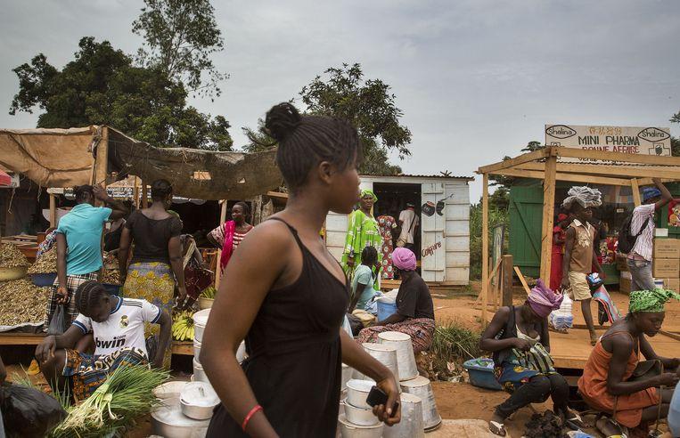 Een markt in Bangui, CAR. De stad waar Thérèse Priest ontvoerd werd. Beeld anp